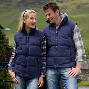 R088X-Country-Casual-Couple-2012.jpgCountry