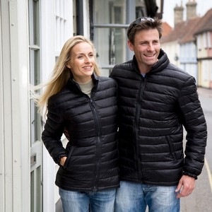 R192M&F_Casual_couple_2013.jpgRear