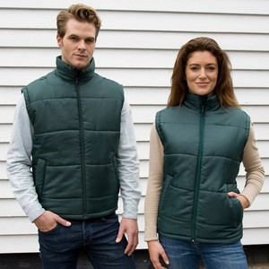 R208X_casual_couple_2013.jpggroup lifetyle
